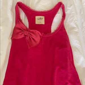 Pink tank top with a bow